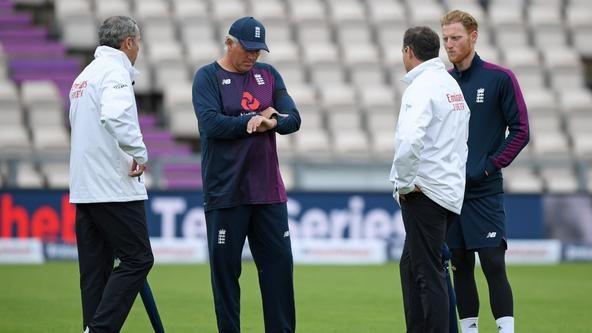 Rain delays international cricket's return in England-West Indies Test