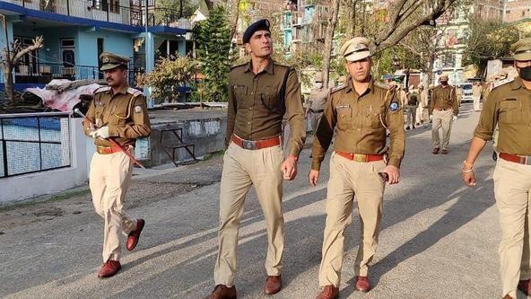 Kabaddi legend Ajay Thakur patrols in Himachal Pradesh during coronavirus lockdown